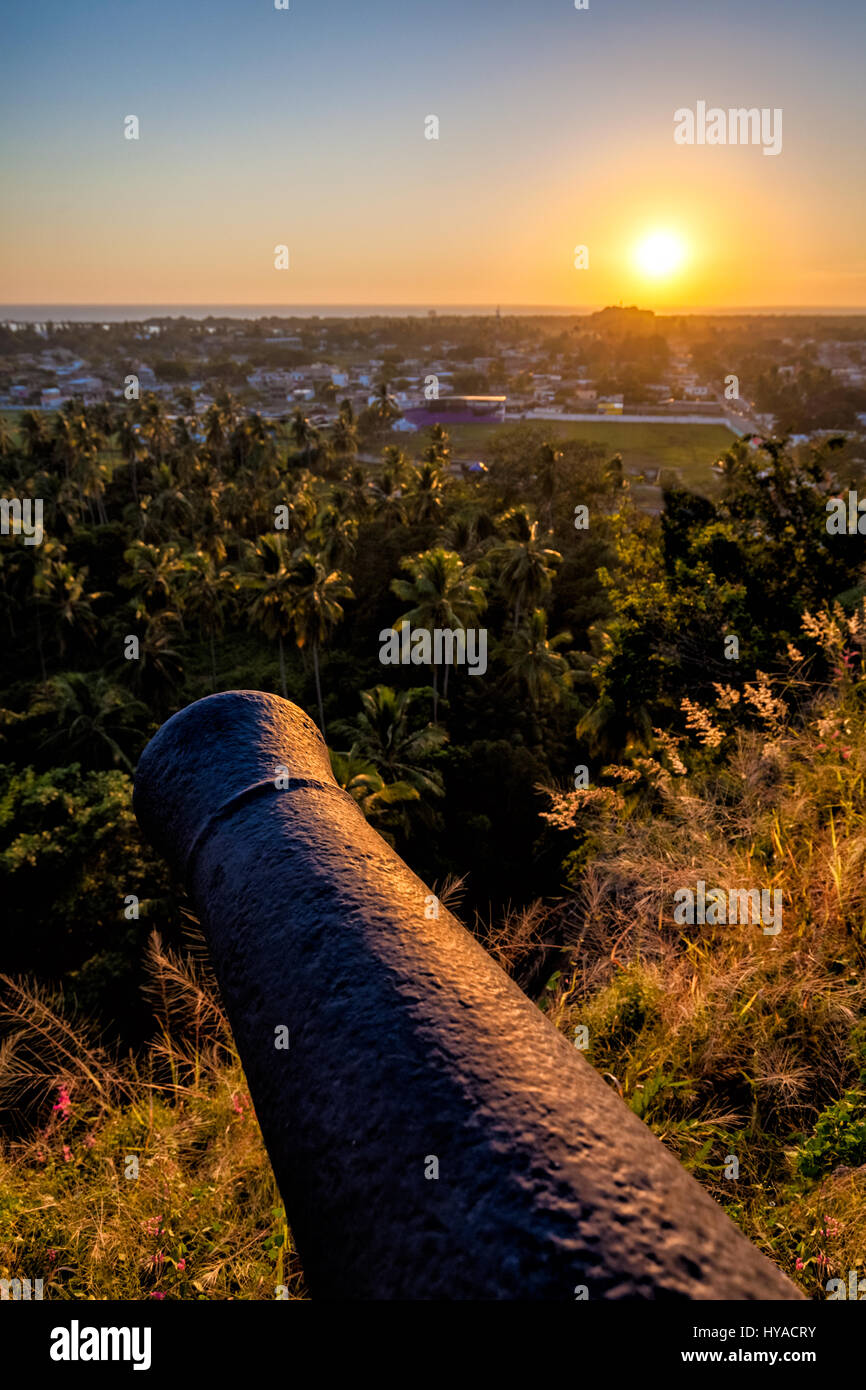 One of the canons of the Contaduria fort overlooking San Blas, Nayarit, Mexico. - Stock Image