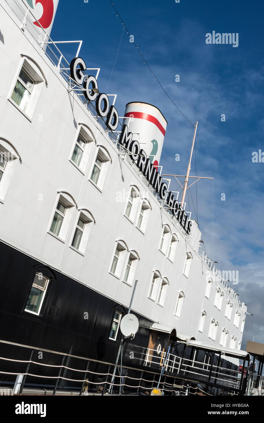 Good Morning Hotels boat-hotel, botel. Moored on the banks of the river Gothia River (Göta älv) - Stock Image