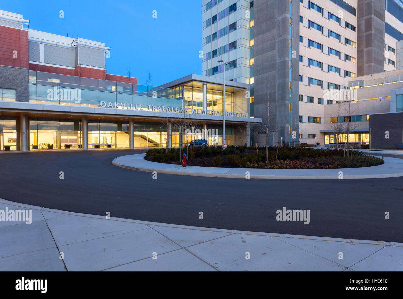 The main entrance to the Oakville Trafalgar Memorial Hospital in Oakville, Ontario, Canada. - Stock Image