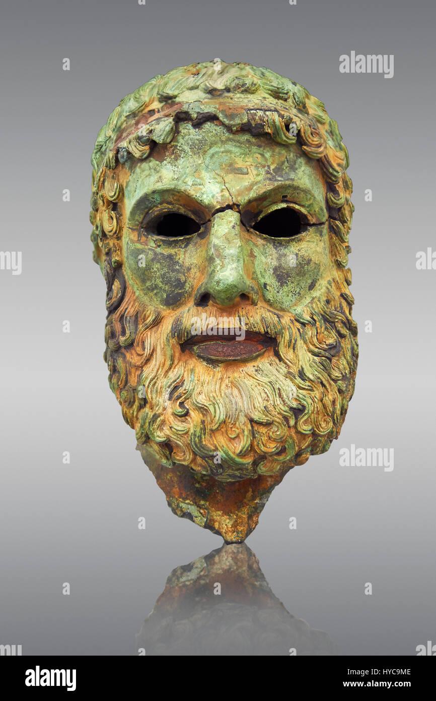 The Riace bronze Greek statue head cast about 460 BC. Museo Nazionale della Magna Grecia,  Reggio Calabria, Italy. - Stock Image