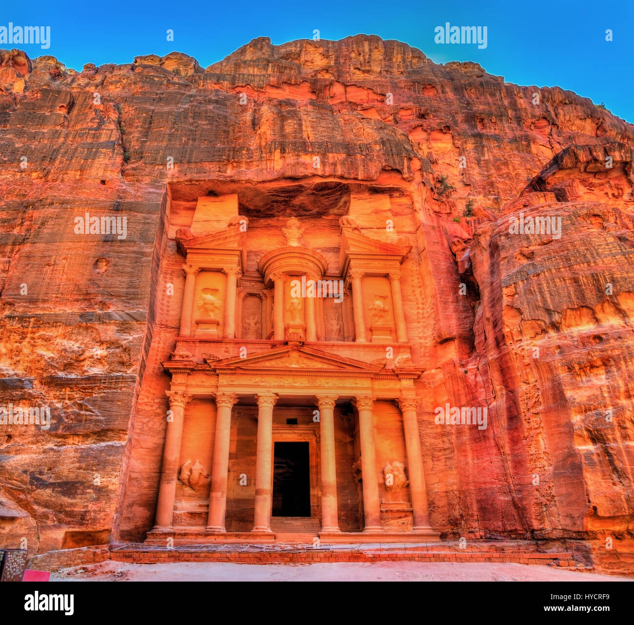 Al Khazneh temple in Petra. UNESCO world heritage site - Stock Image