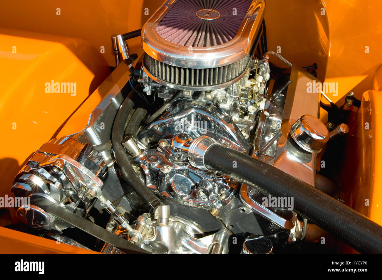 Parts Of A Hot Rod : Powerful hot rod engine bay with a large number of chromed