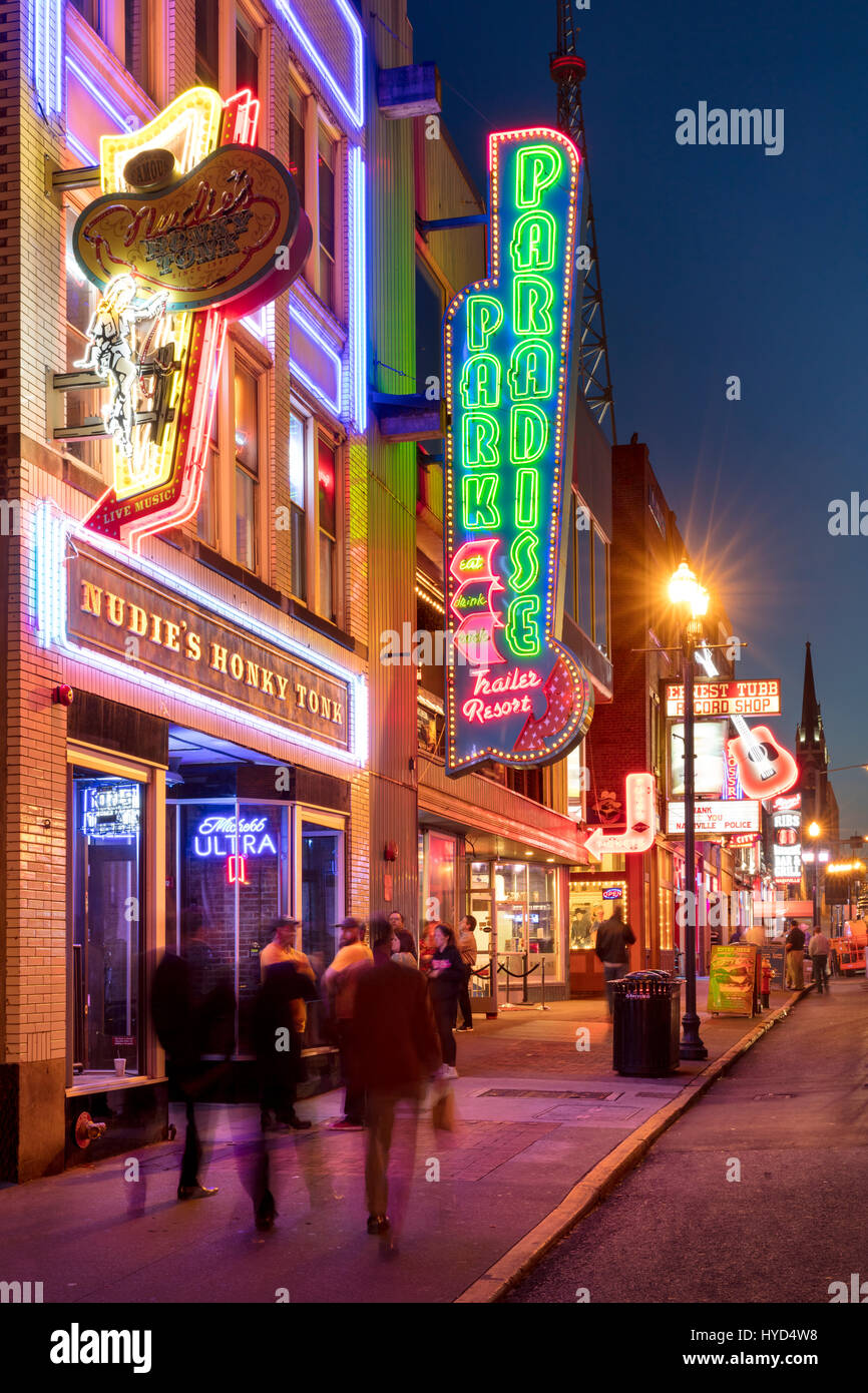 Neon signs and clubs along historic Broadway Street, Nashville, Tennessee, USA - Stock Image