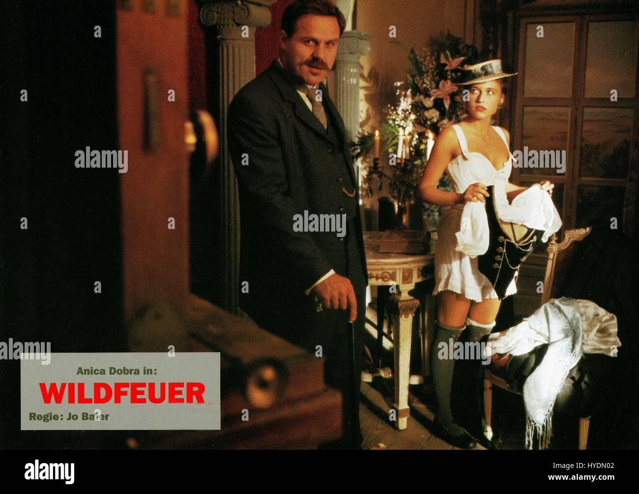 Wildfeuer, Deutschland 1991, Regie: Jo Baier, Darsteller: Josef Bierbichler, Anica Dobra Stock Photo