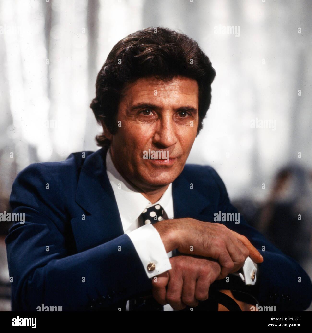 Deutschland 1970er Jahre French Chanson Singer Gilbert Becaud Stock