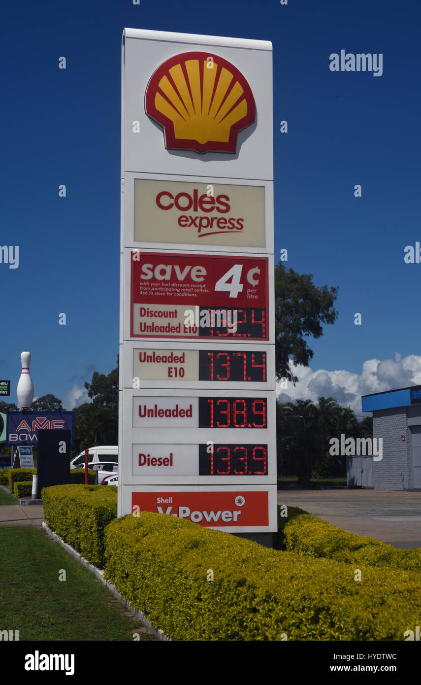 8d408846c71 Petrol Station Signs Stock Photos & Petrol Station Signs Stock ...