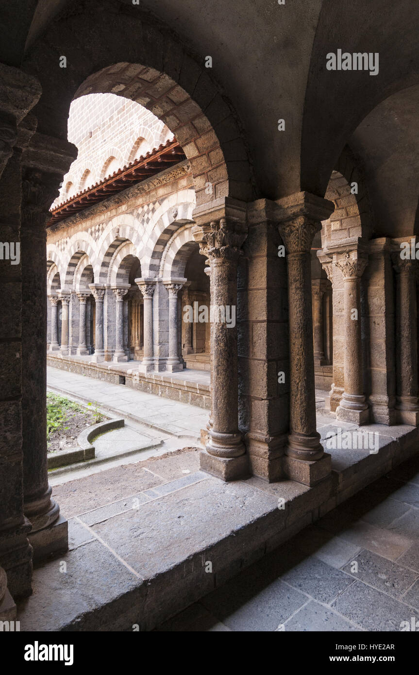 France, Le Puy en Velay, Cathedral Notre Dame, cloister Stock Photo