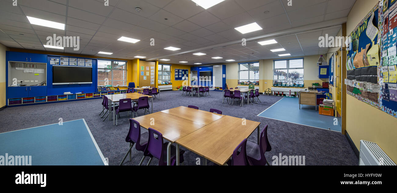Beaconsfield Primary School in Southall, London. - Stock Image