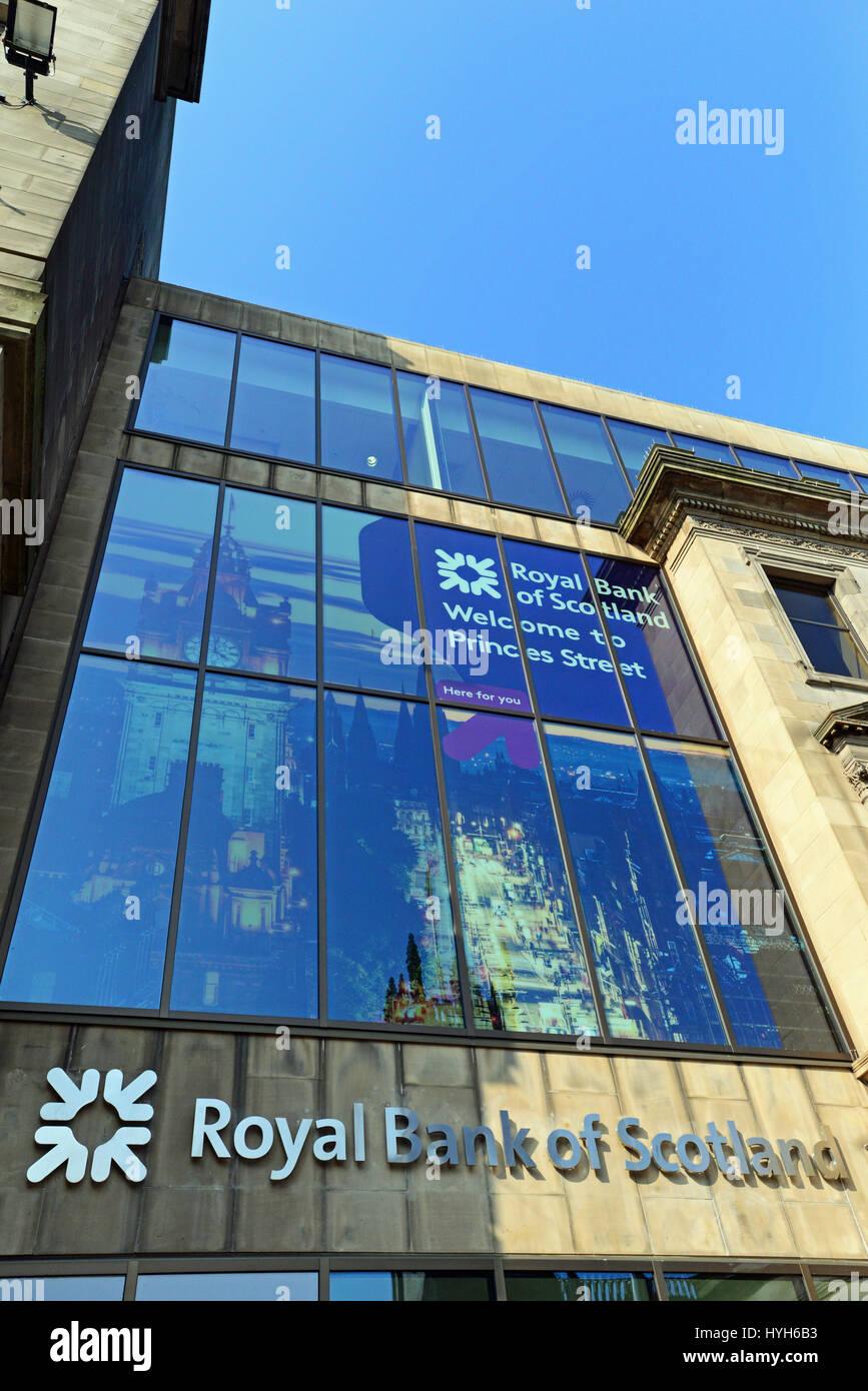 A Royal Bank of Scotland branch in Edinburgh's Princes Street - Stock Image