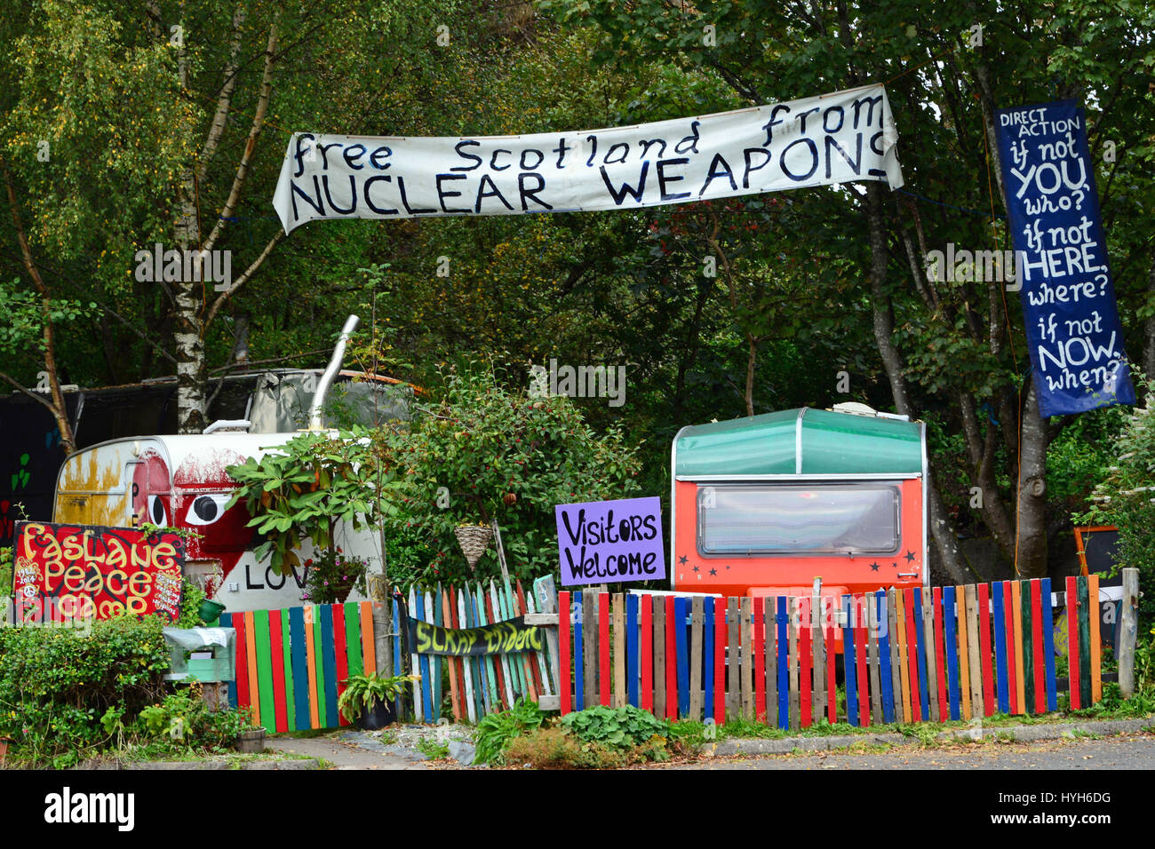 The Faslane peace camp a mile from one of the main gates of the Faslane nuclear submarine base - Stock Image
