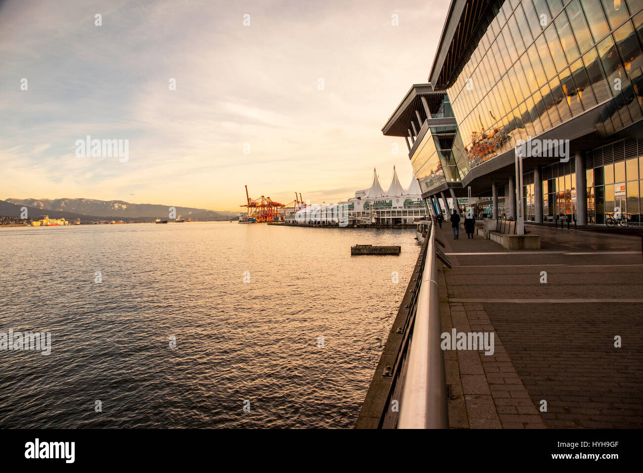 View of North Vancouver, BC, from Harbour Green Park - Stock Image