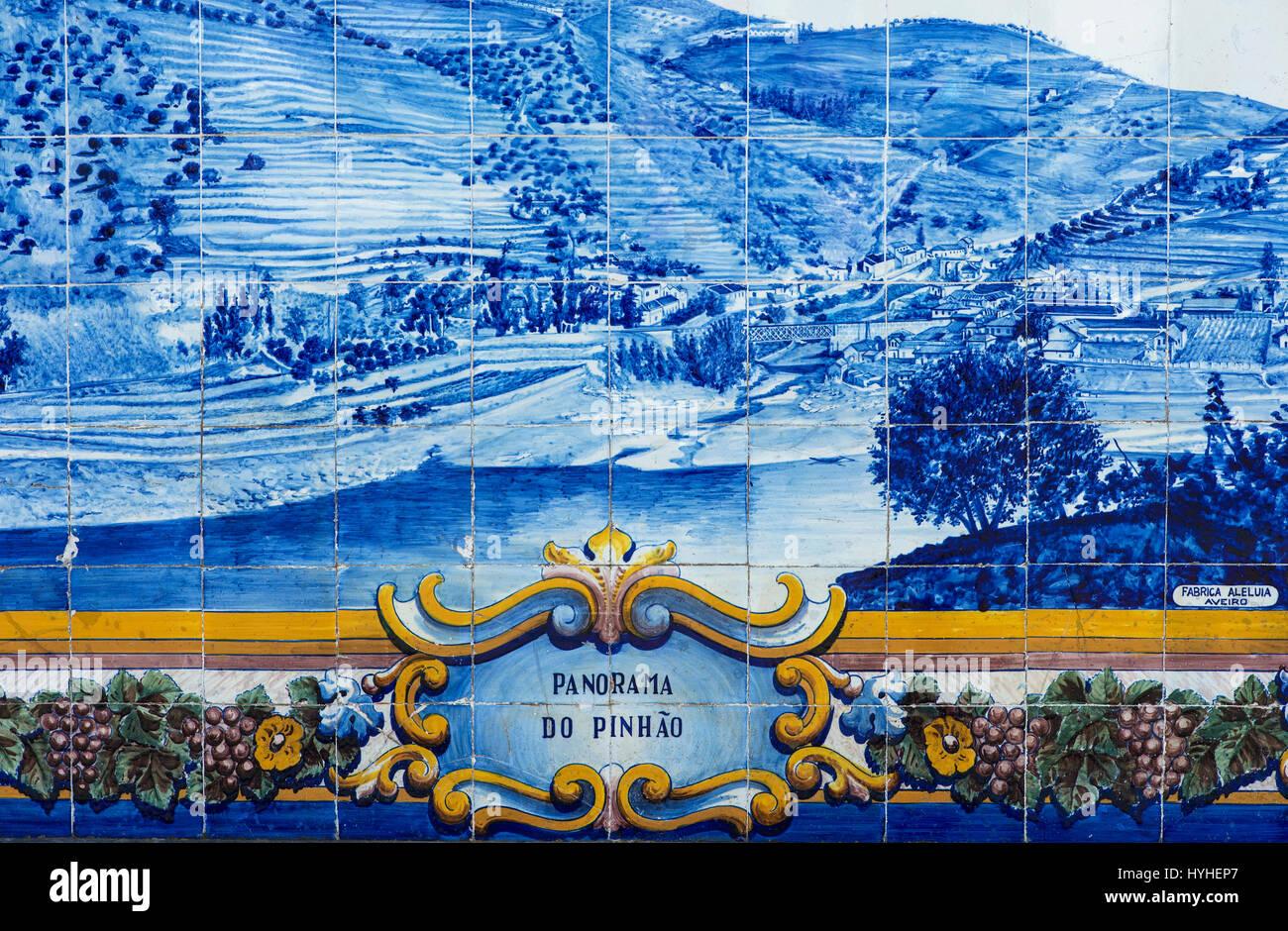 Panorama of Pinhao on ceramic tiles, azulejos, Pinhao, Douro Valley, Portugal - Stock Image