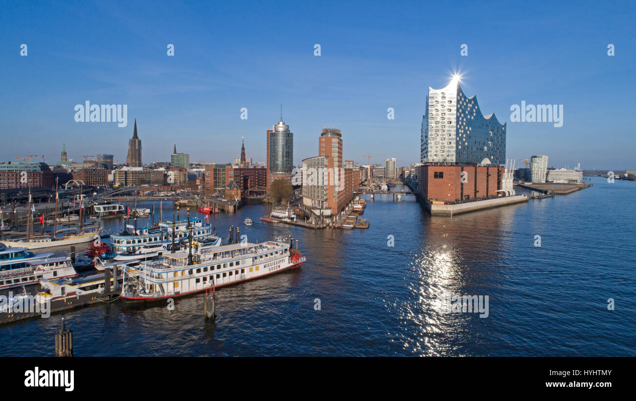 aerial photo of Landungsbruecken and Elbe Philharmonic Hall, Hamburg, Germany - Stock Image