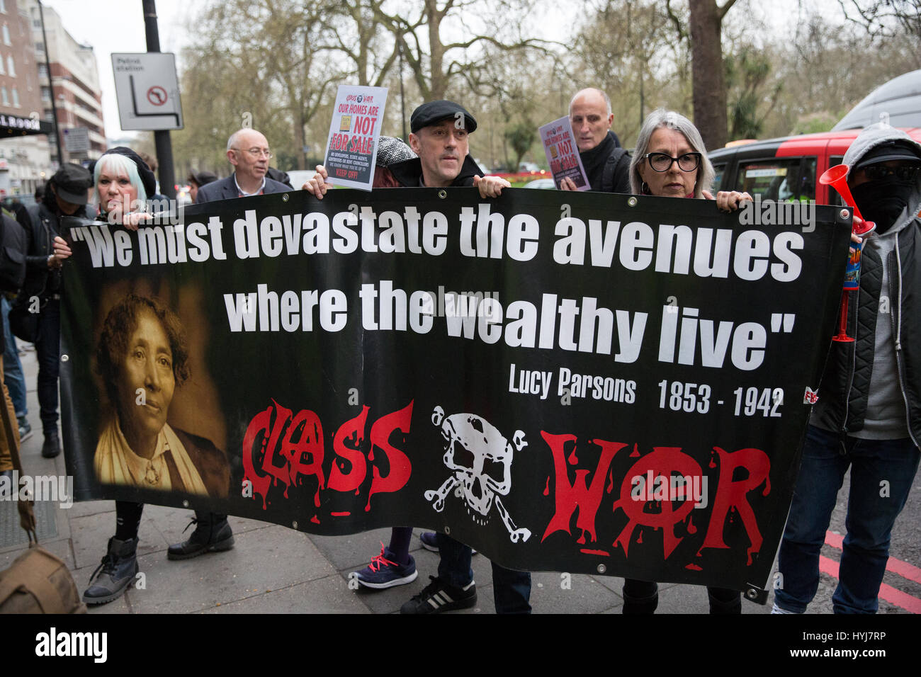 London, UK. 4th April, 2017. Activists campaigning for social housing and against gentrification and social cleansing - Stock Image