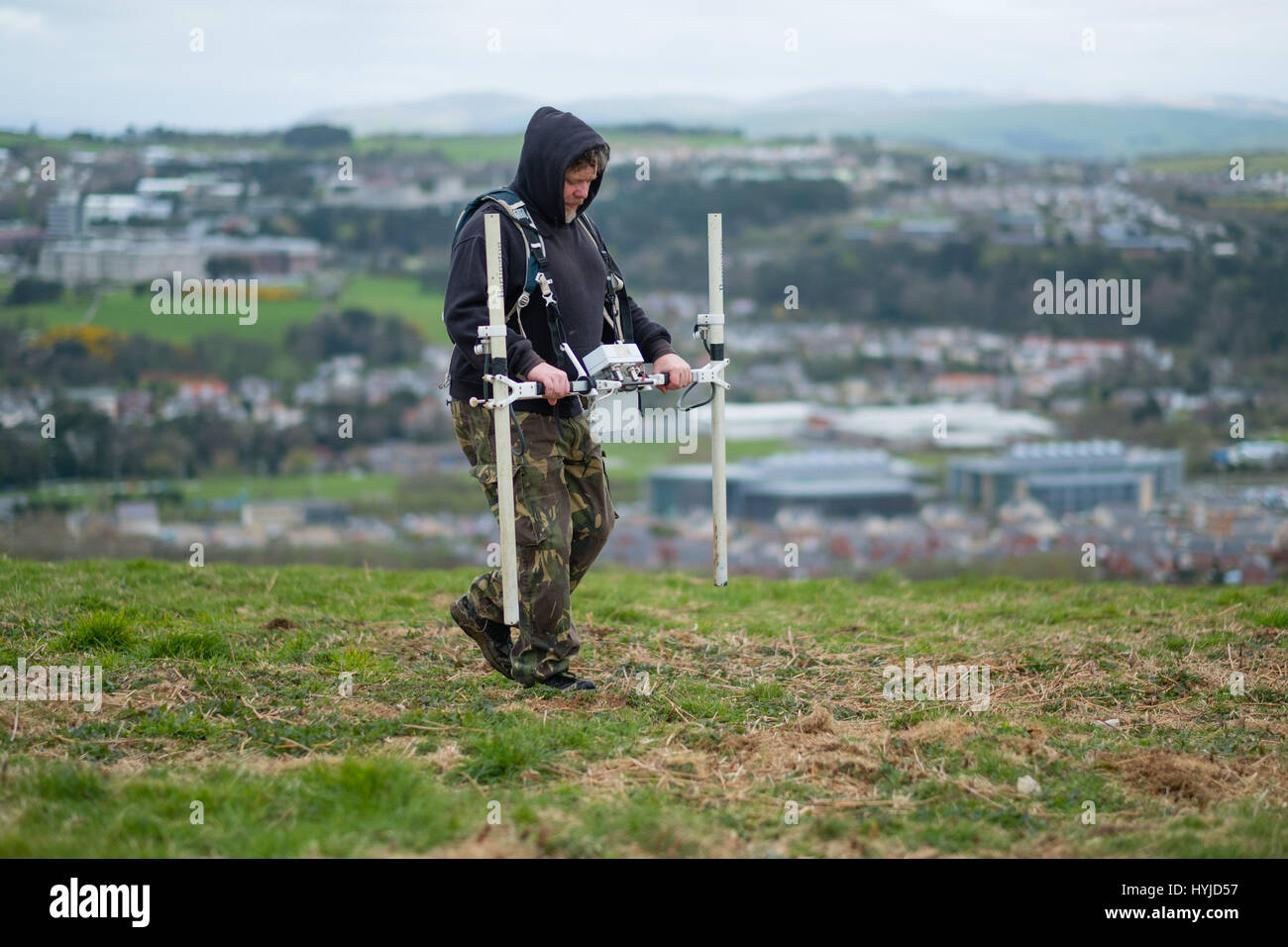 Aberystwyth Wales UK, Wednesday 05 April 2017   Archaeology in the UK : Archaeologists from Archaeology  Wales making - Stock Image
