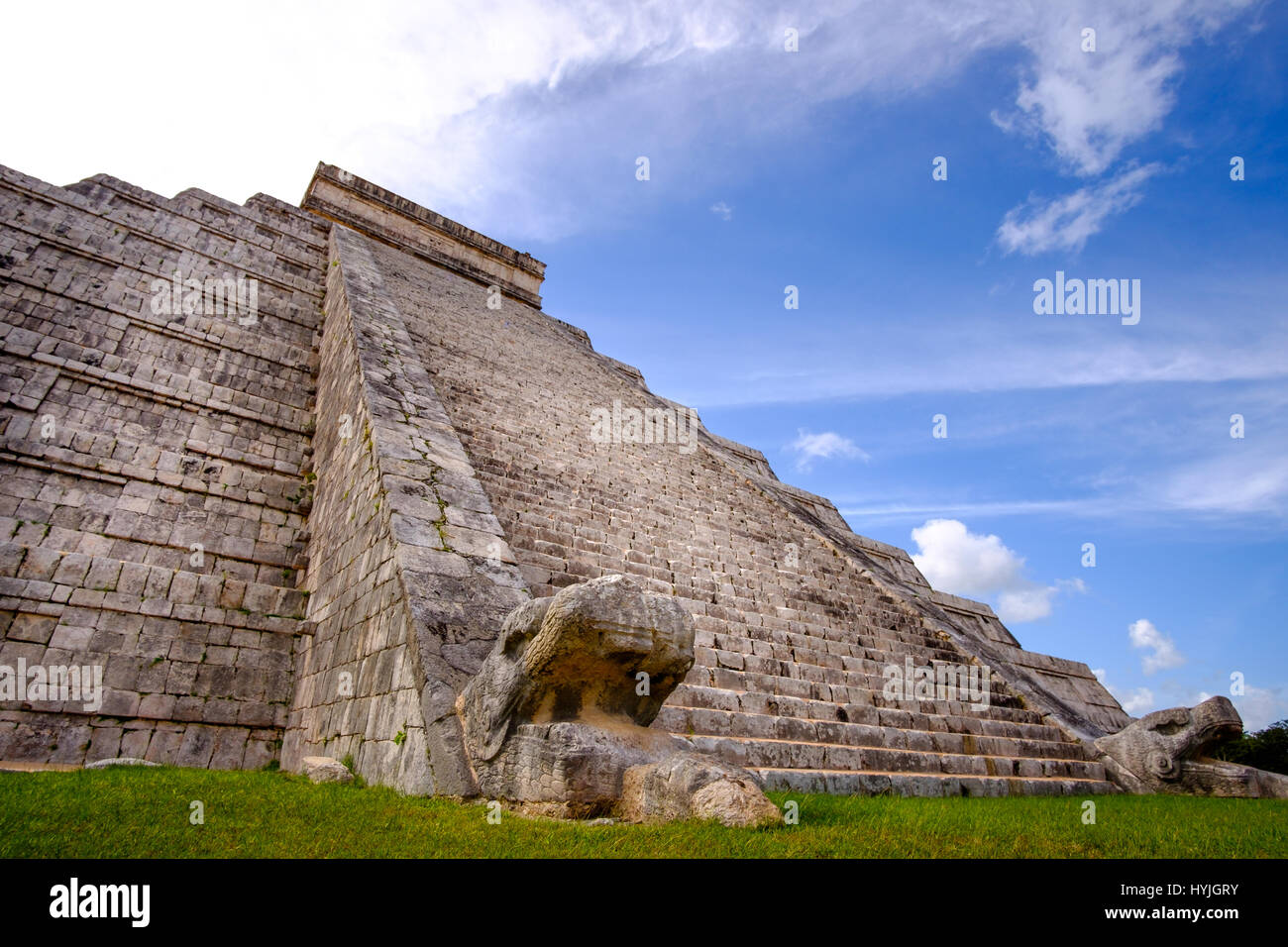 Famous Mayan pyramid in Chichen Itza with stone stairs, Mexico - Stock Image