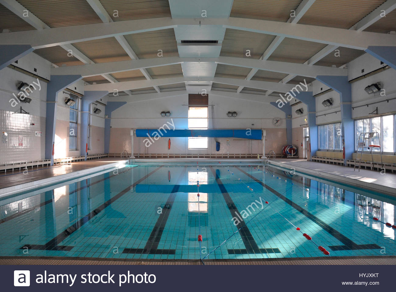 Leisure centre interior pool stock photos leisure centre interior pool stock images alamy for Wyndley leisure centre swimming pool