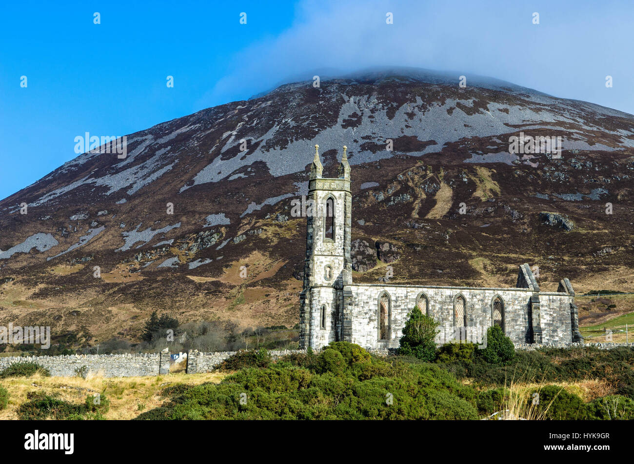Ruined Church Errigal Mountain Dunlewey Church Donegal Ireland - Stock Image