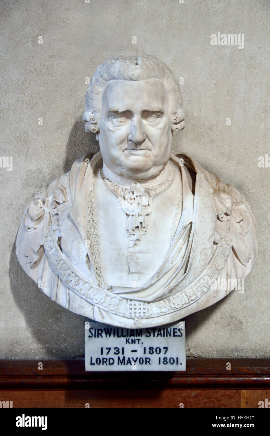 London, England, UK. Church of St Giles Without Cripplegate, the Barbican. Bust of Sir William Staines (1731 - 1807) - Stock Image