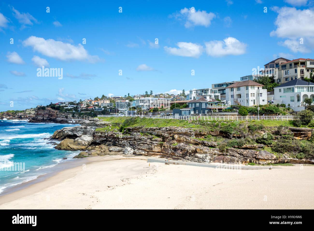 Tamarama beach in Sydney eastern suburbs with the Bondi to Bronte coastal walk path , Sydney, Australia Stock Photo