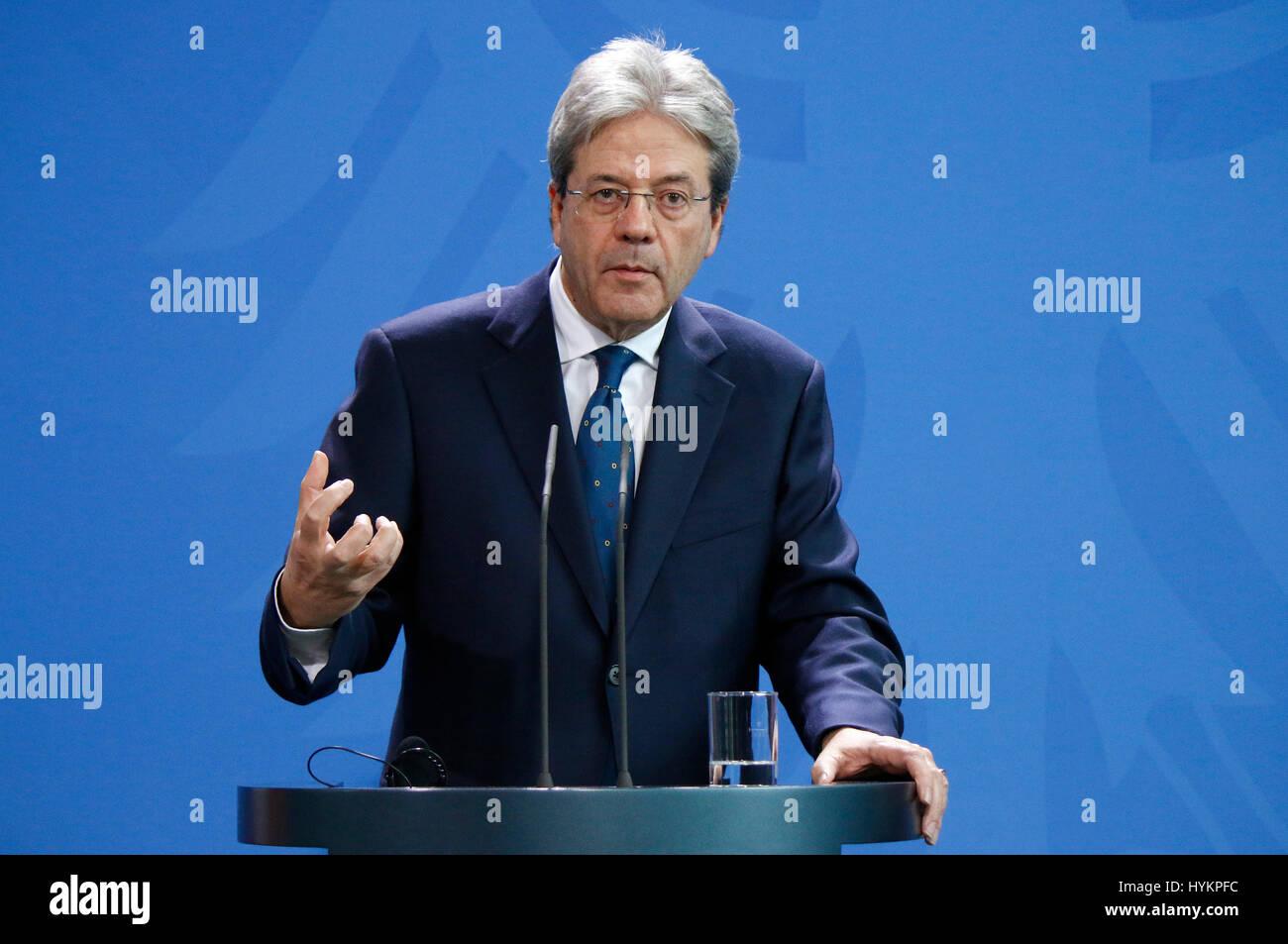 Paolo Gentiloni - Treffen der dt. Bundeskanzlerin mit dem italienischen Premierminister, Bundeskanzleramt, 18. Januar - Stock Image