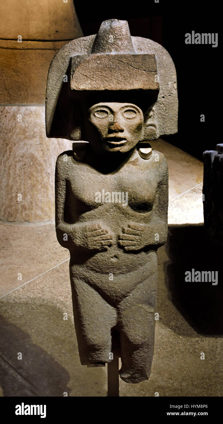 Stone figure of the Huaxtec goddess Tlazolteotl - Huaxtec 900-1450 Mexico ( The Mayans - Maya civilization was a - Stock Image