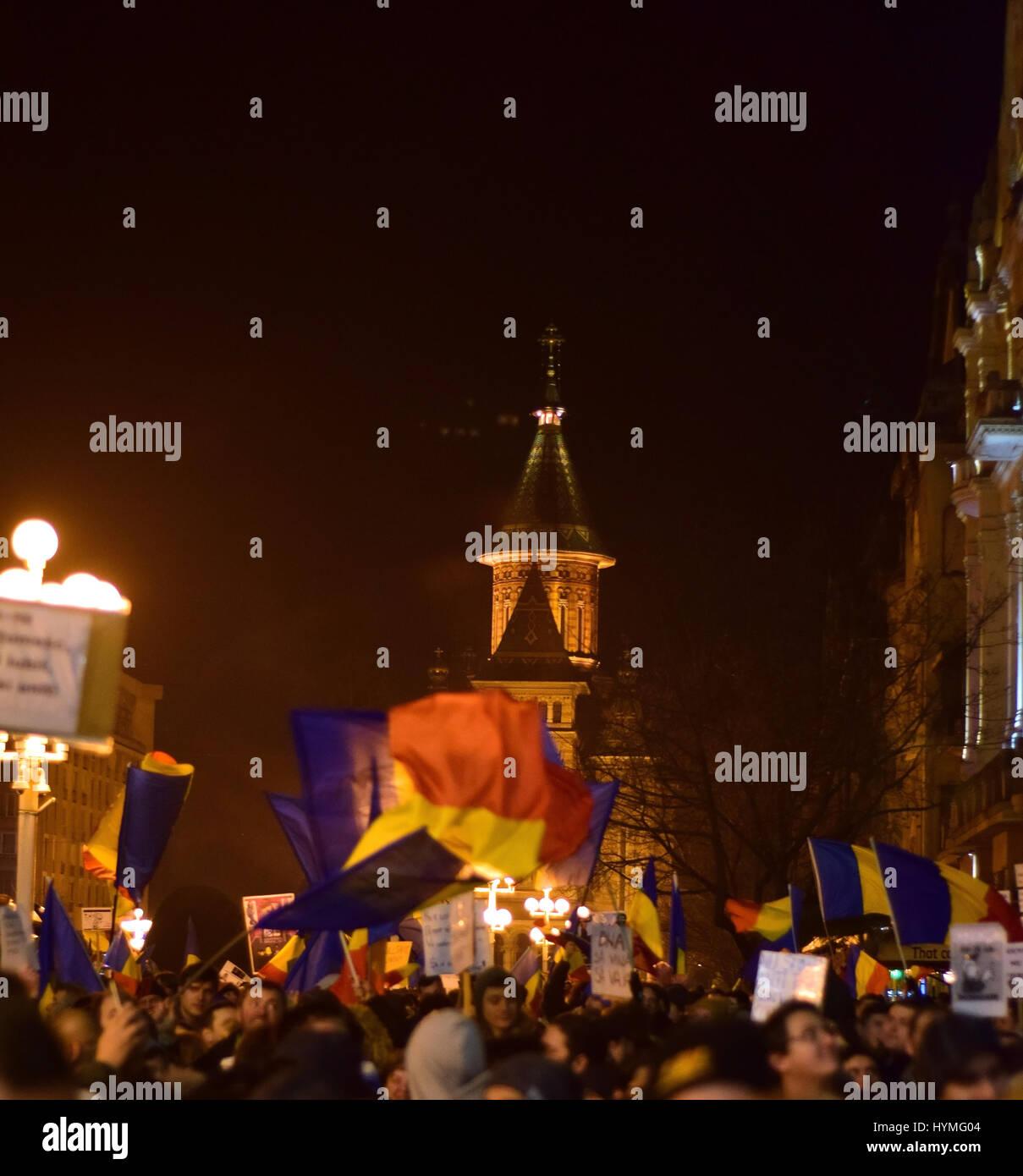 Romanian protesters in Operei Square Timisoara - Stock Image