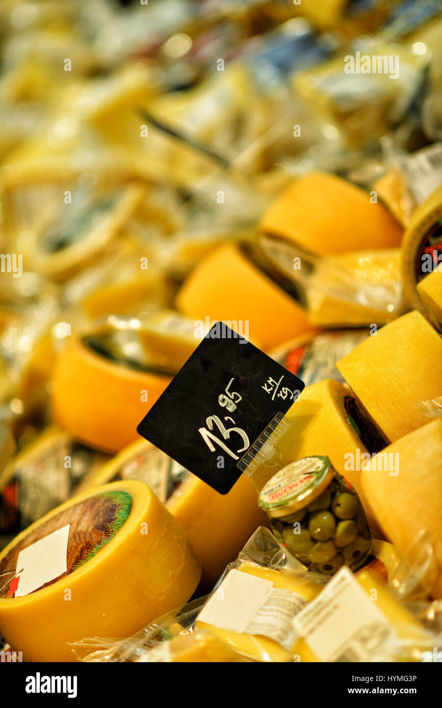 Pecorino, Italian hard cheese with spanish olive - Stock Image