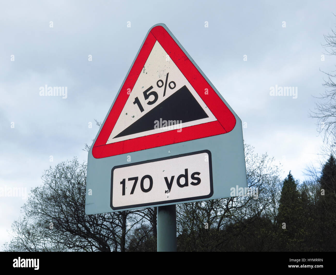 Steep uphill road sign - Stock Image