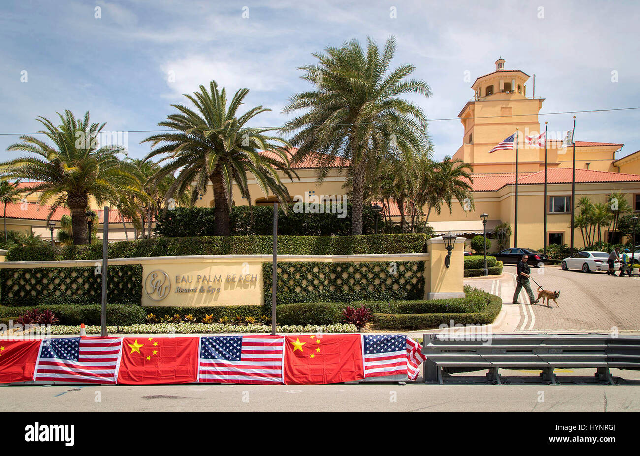 Manalapan, Florida, USA. 5th Apr, 2017. Security at Eau Palm Beach Resort & Spa is ramping up for the arrival - Stock Image
