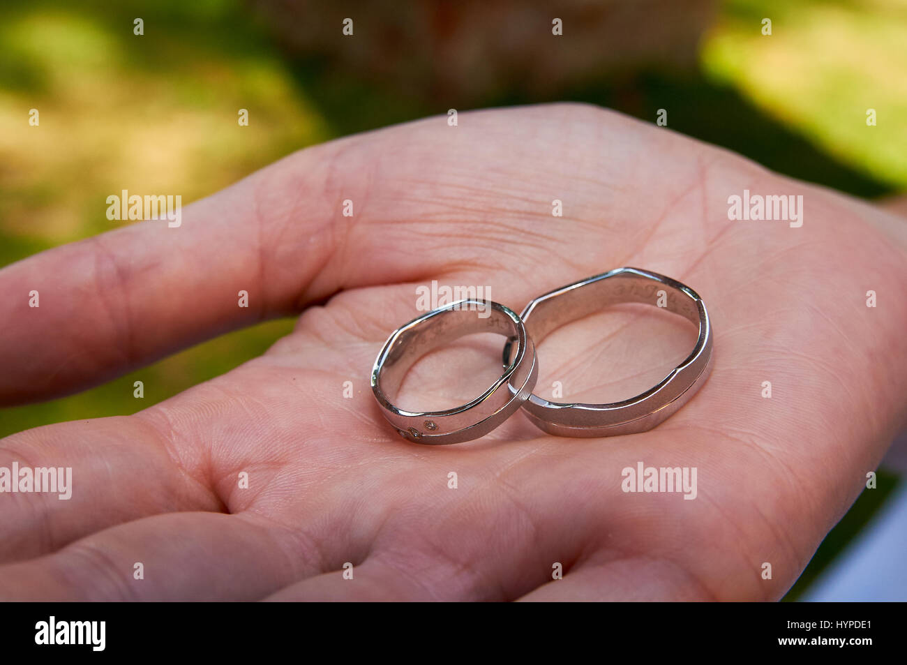 Wedding Rings For Ceremony Stock Photos & Wedding Rings For Ceremony ...
