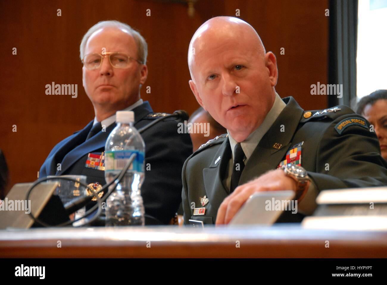 U.S. Air National Guard Director Craig McKinley (left) and National Guard Bureau Chief Steven Blum testify before - Stock Image