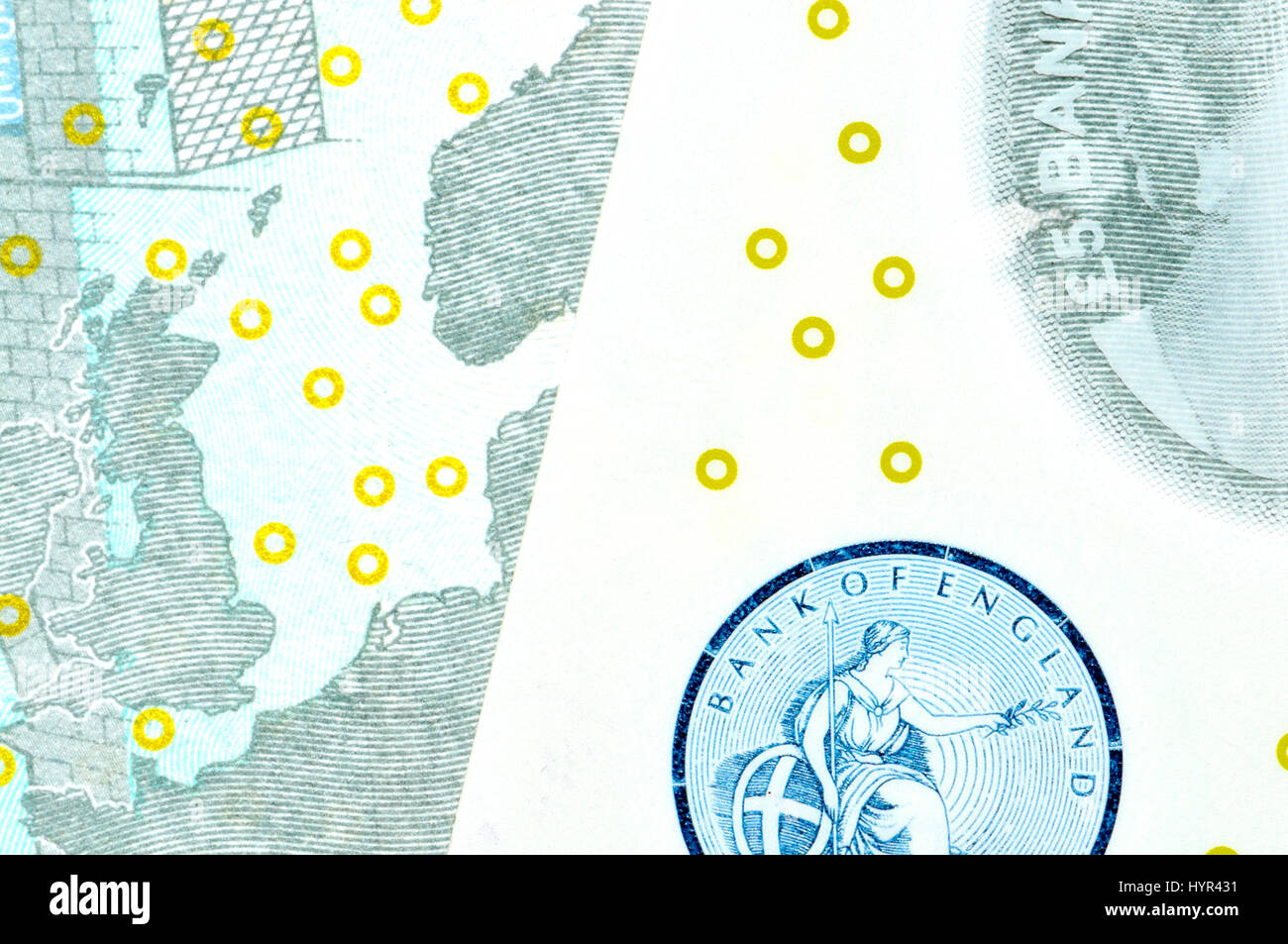 New British polymer £5 notes (2016) Security features:  Eurion constellation - internationally recognised pattern - Stock Image
