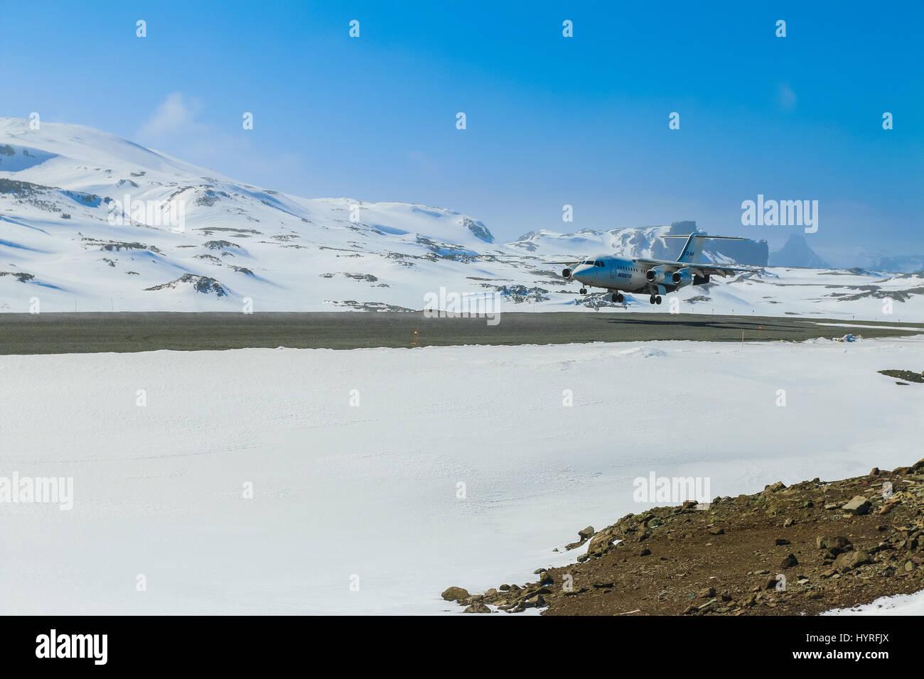 Regional airliner British Aerospace BAe 146 landing at Teniente R. Marsh Airport, King George Island, Antarctica Stock Photo