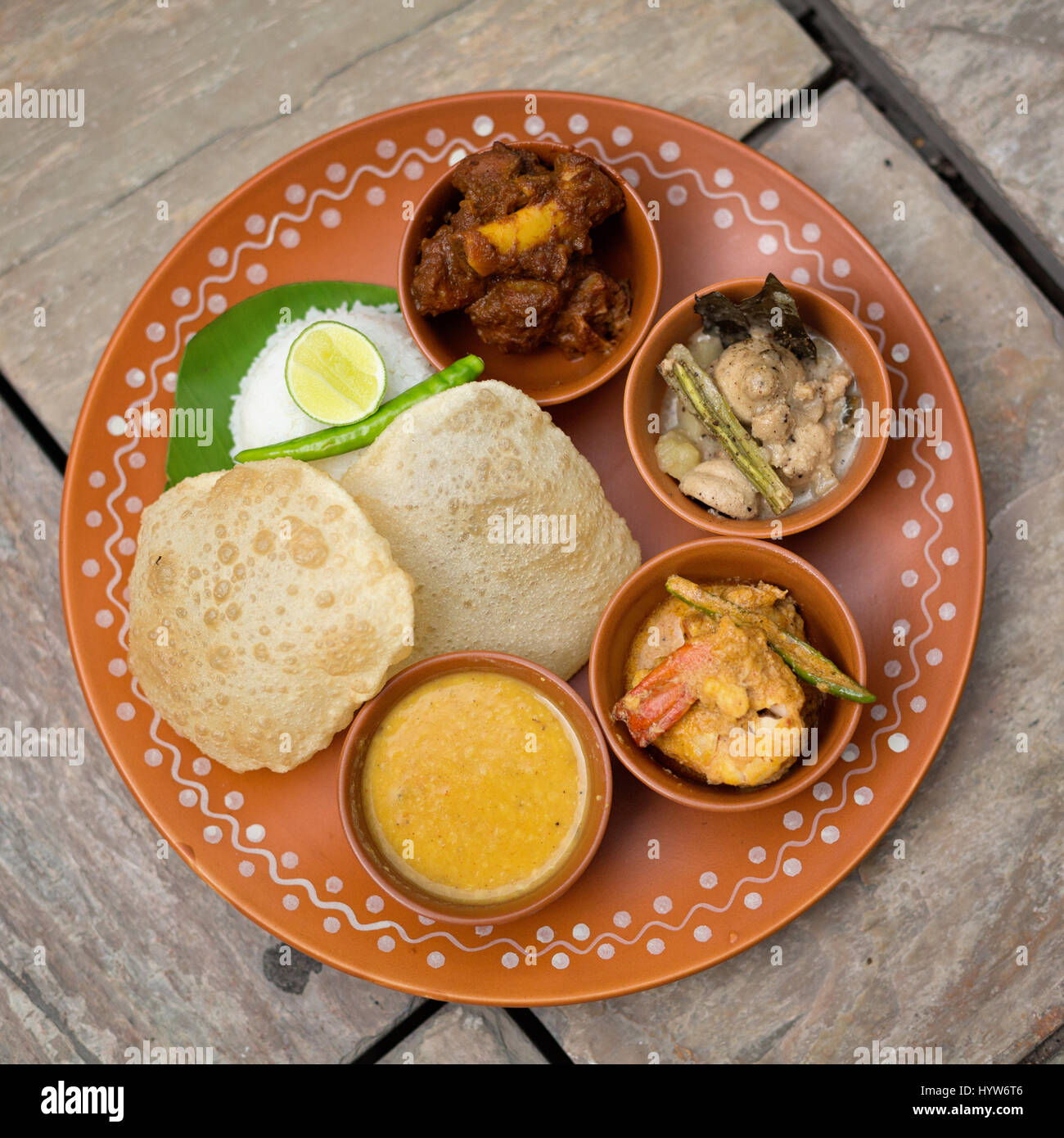 Bengali Non Vegetarian Thali Stock Photo: 137622470 - Alamy
