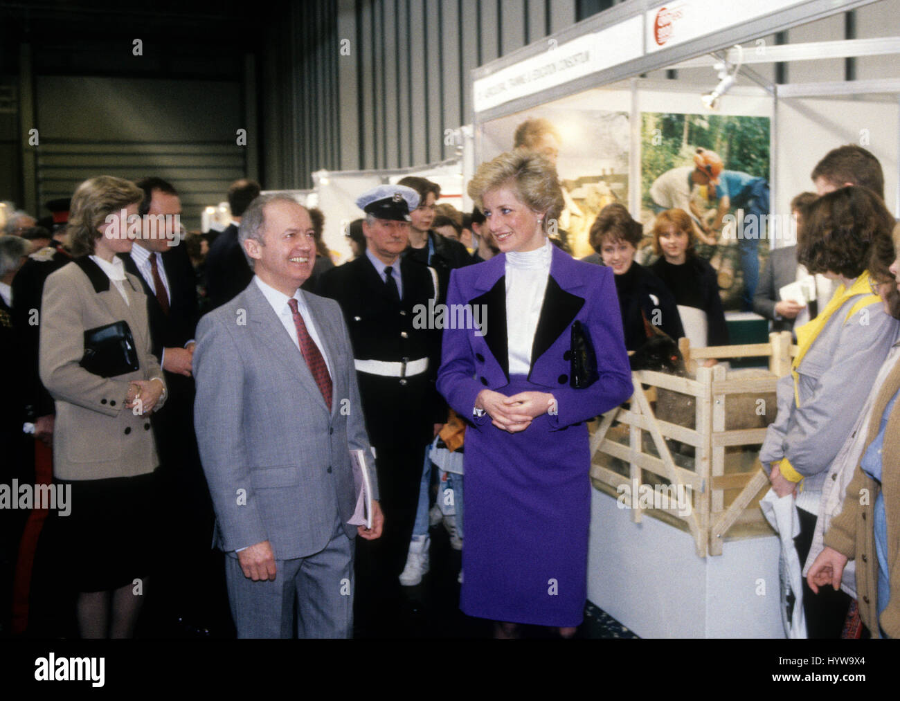 Princess Diana 1990 High Resolution Stock Photography And Images Alamy,American Airlines Baggage Allowance To Mexico
