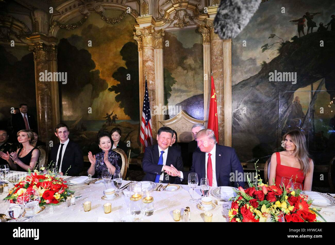 Mar-a-Lago, USA. 6th Apr, 2017. Chinese President Xi Jinping and his wife Peng Liyuan attend a welcome banquet hosted - Stock Image