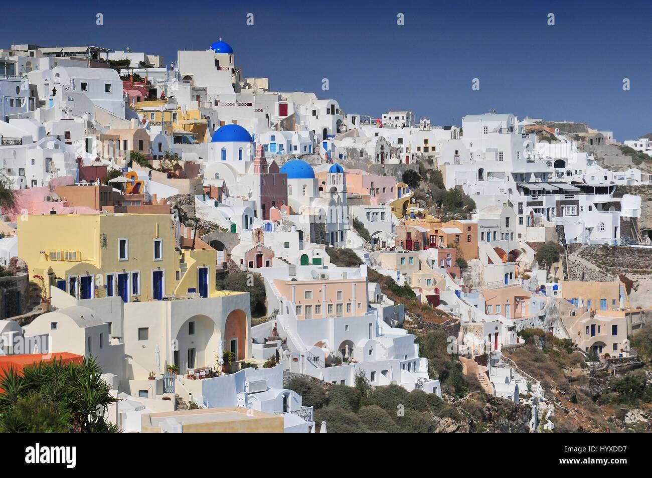 viewing point of santorini caldera oia white houses oia