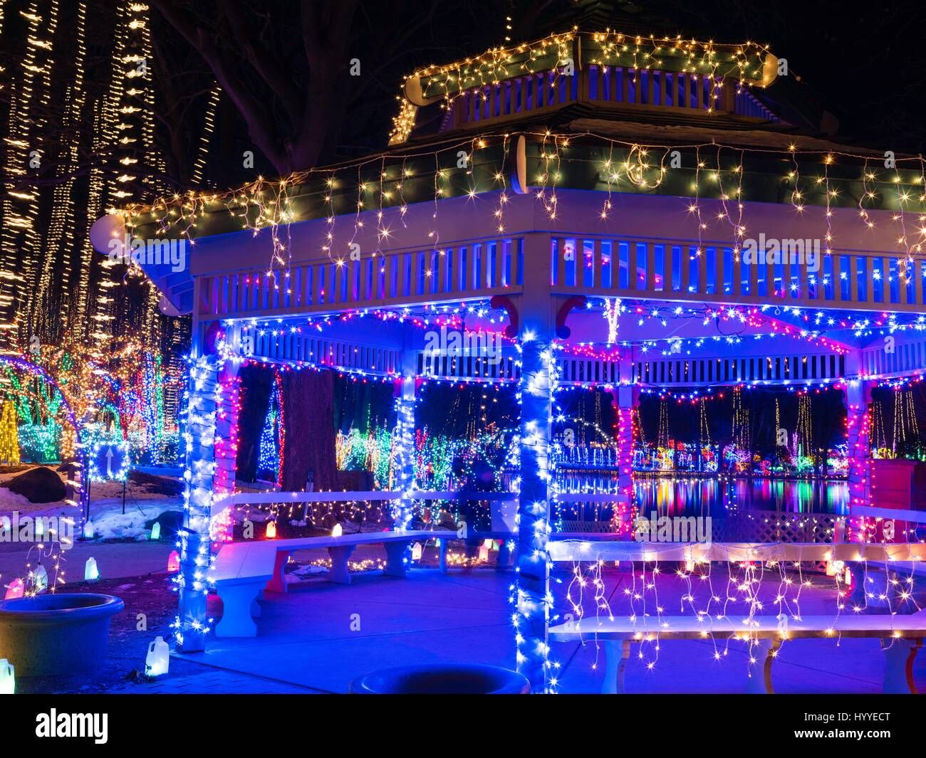 Holiday light show at janesville rotary gardens janesville wisconsin