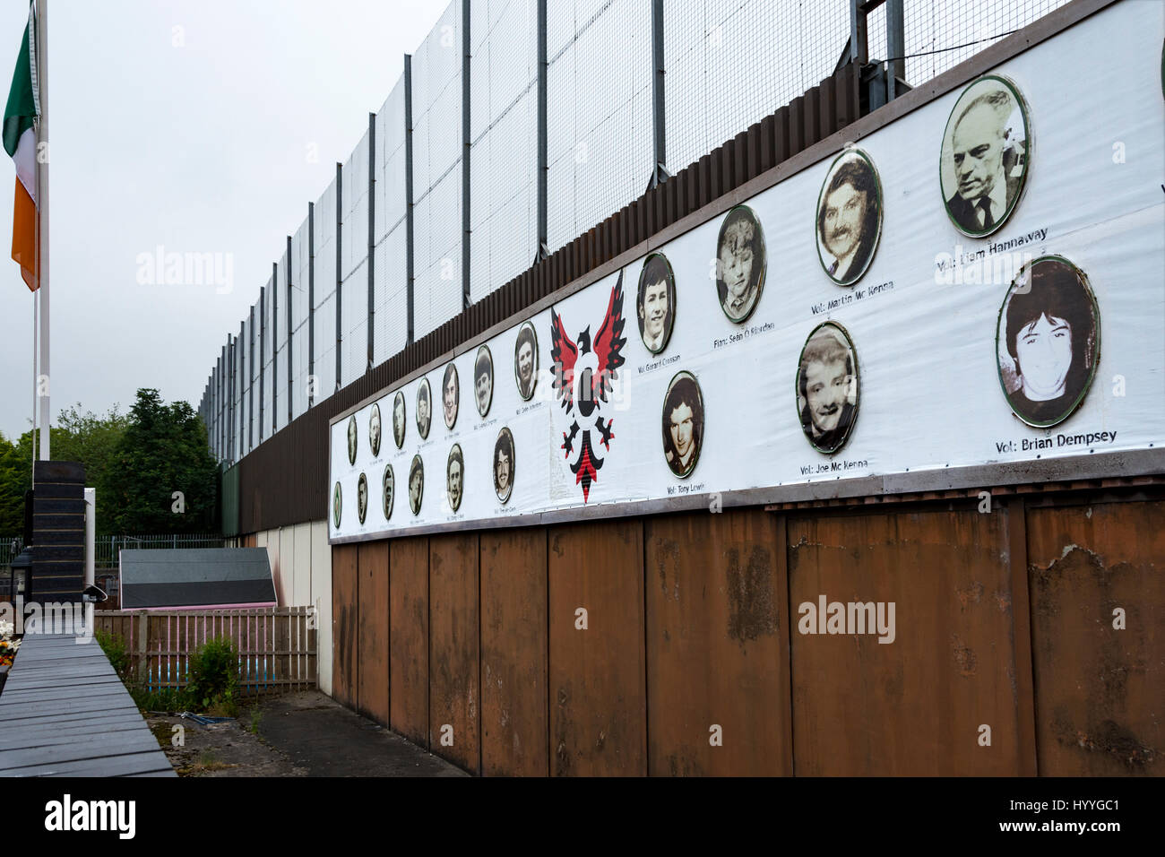 Memorial plaques on the Peace Wall, Bombay St., Belfast, County Antrim, Northern Ireland, UK - Stock Image