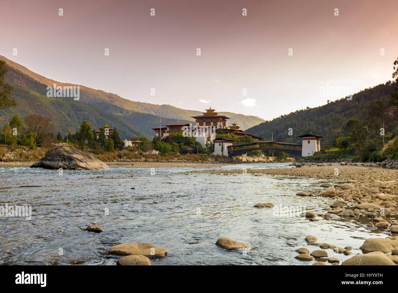 Late winter afternoon at Punakha Dzong (Bhutan) - Stock Image