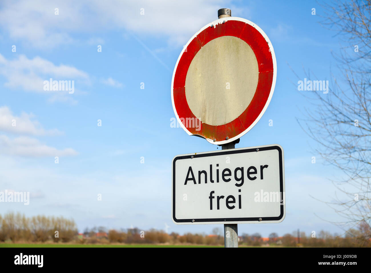 German Road Sign No Vehicles Stock Photos & German Road Sign