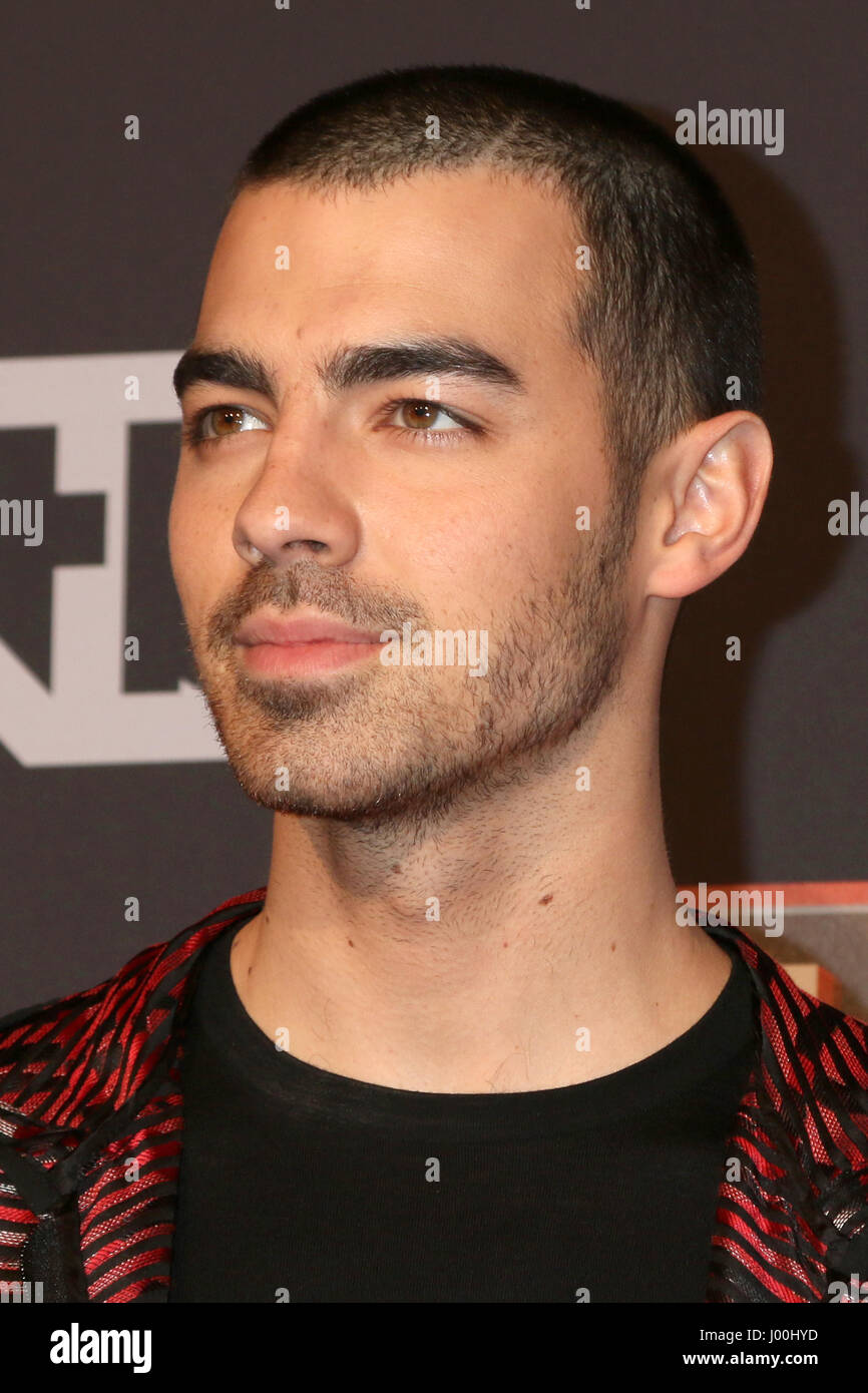 Los Angeles, CA, USA. 5th Mar, 2017. LOS ANGELES - MAR 5: Joe Jonas at the 2017 iHeart Music Awards at Forum on Stock Photo