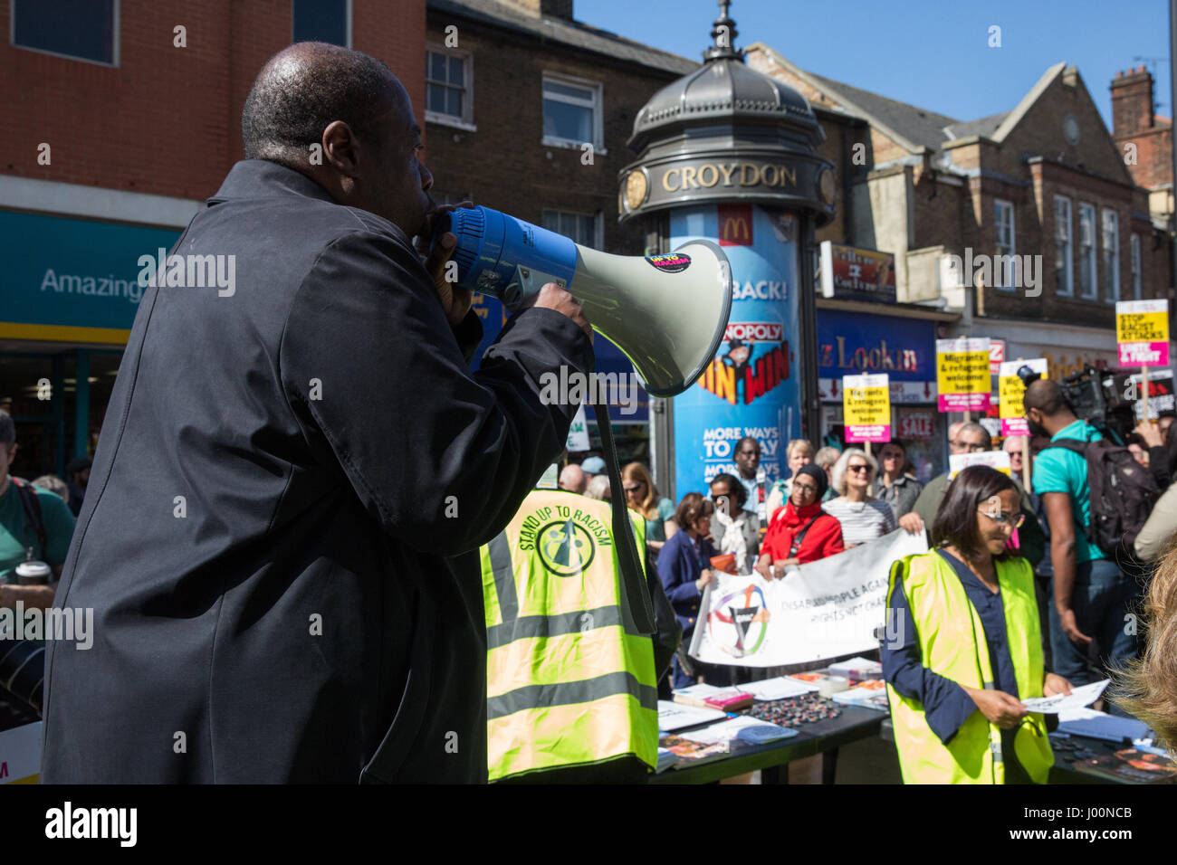 Croydon, UK. 8th Apr, 2017. Local people and anti-racism campaigners join a Unity protest organised by Stand Up - Stock Image