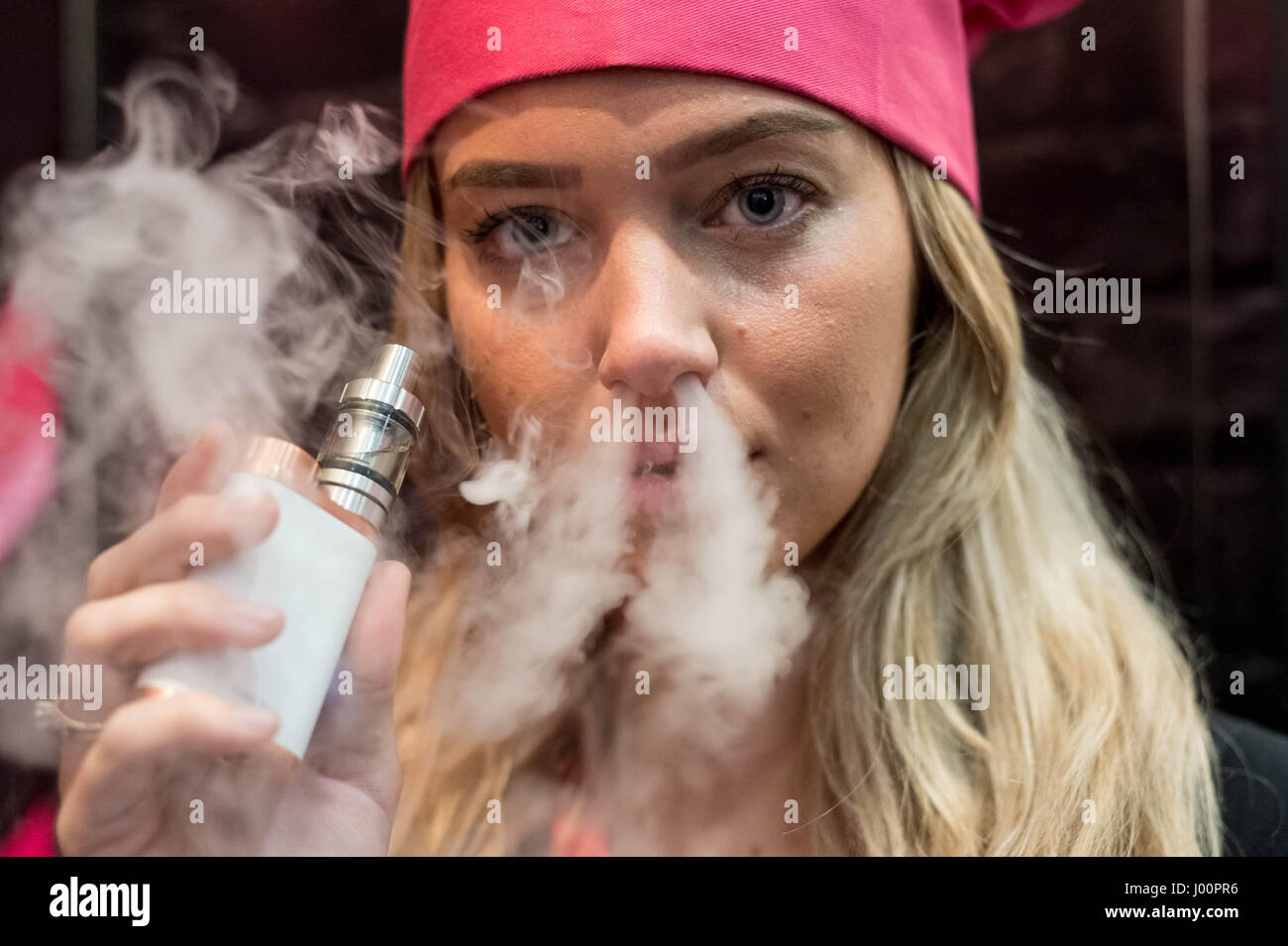 London, UK. 8th April, 2017. Vape Jam UK sees hundreds of vaping enthusiasts and electronic cigarette businesses - Stock Image