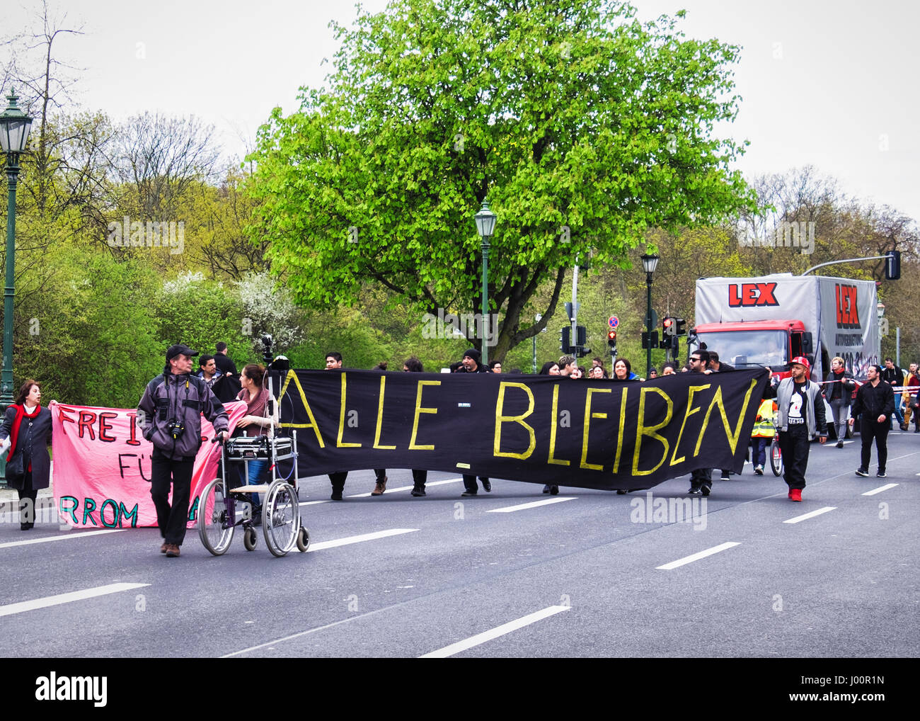 Germany, Berlin, Mitte. 8th April 2017. International Roma day rally in Berlin. People gathered at the Paul-Löbe - Stock Image