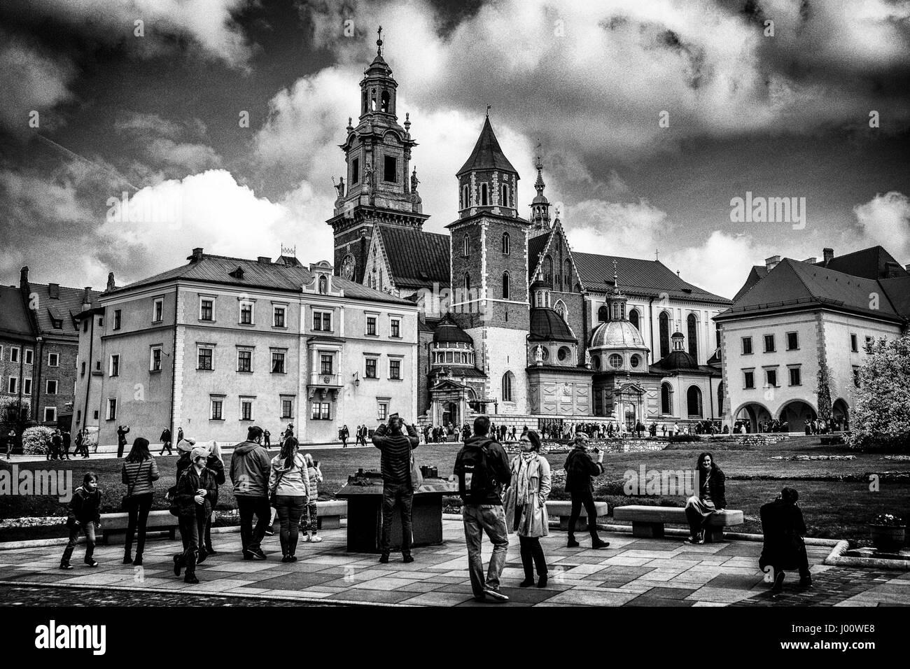 Krakow, Malopolska, Poland. 8th Apr, 2017. The Wawel Cathedral in Krakow, Poland on 08.04.2017 In the cathedral - Stock Image