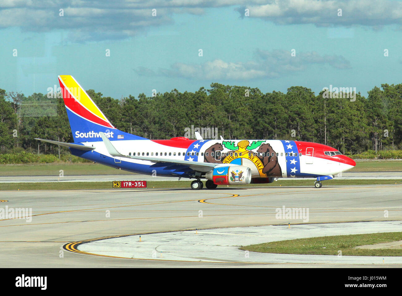 Southwest Airlines Boeing 737-700 N280WN - Stock Image