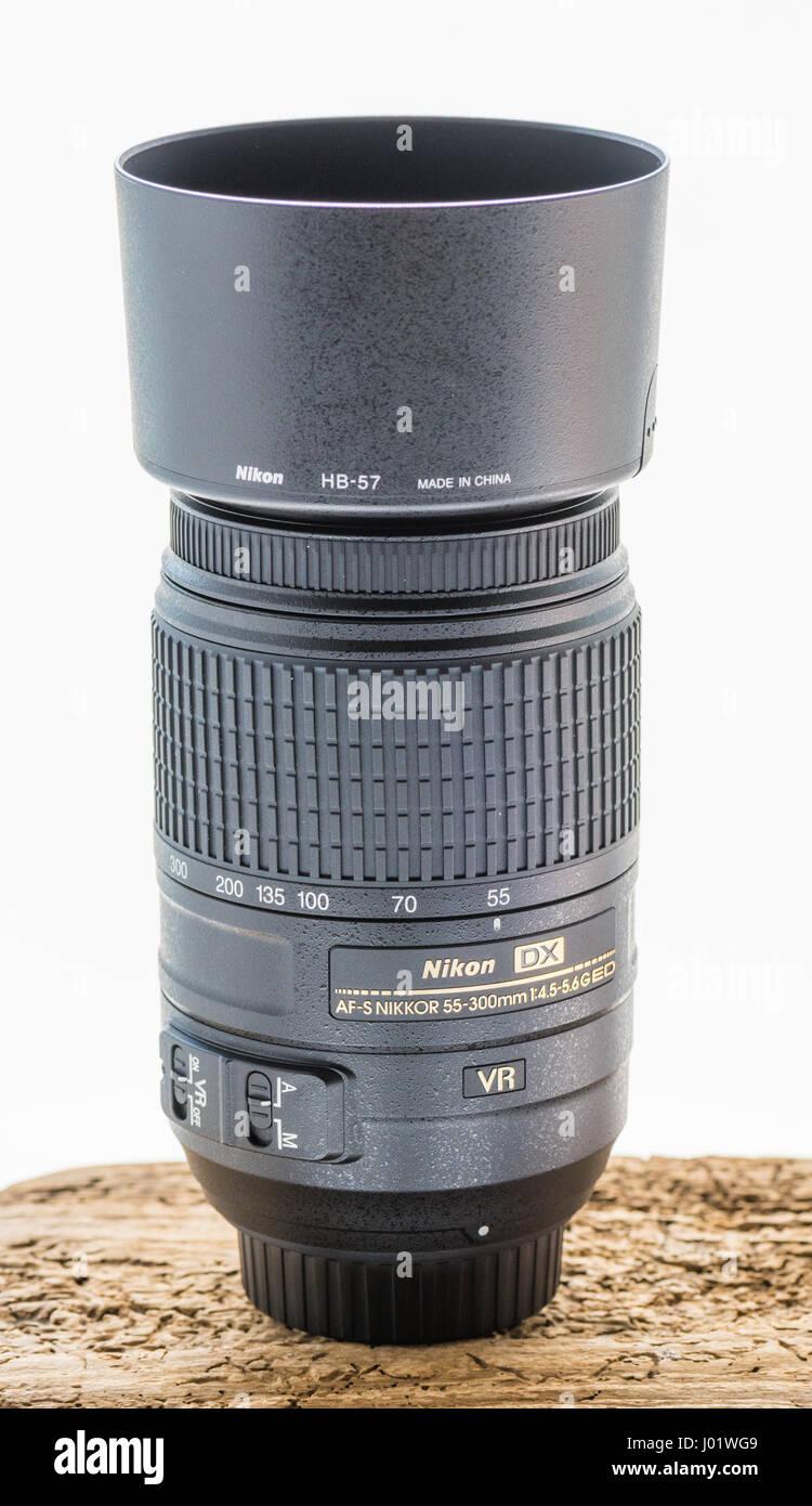 Nikon AF-S DX 55-300mm lens with hood - Stock Image