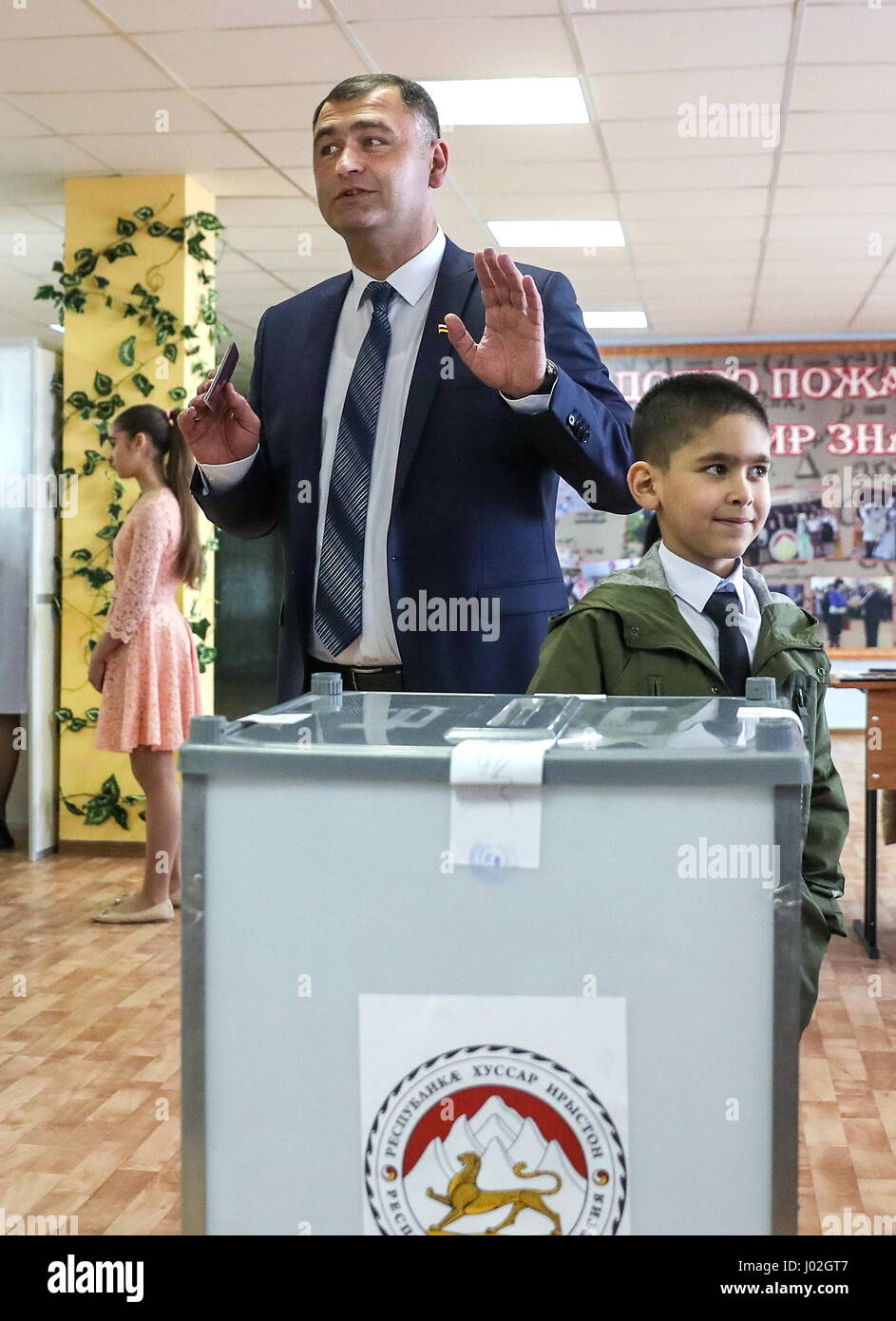 Tskhinval, South Ossetia. 9th Apr, 2017. KGB officer, presidential candidate Alan Gagloyev votes at the 2017 South - Stock Image